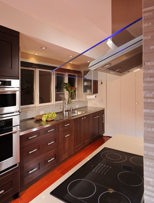 Transitional Style Kitchen Cabinetry